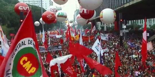 O papel dos sindicatos: 'Direitos não são obra do acaso, mas da luta dos trabalhadores'