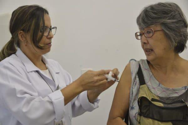 Saiba quais doenças já erradicadas podem voltar por queda na vacinação