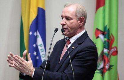 Valor gasto por Aldo Schneider para tratamento médico atenderia 5 mil pacientes no Cepon