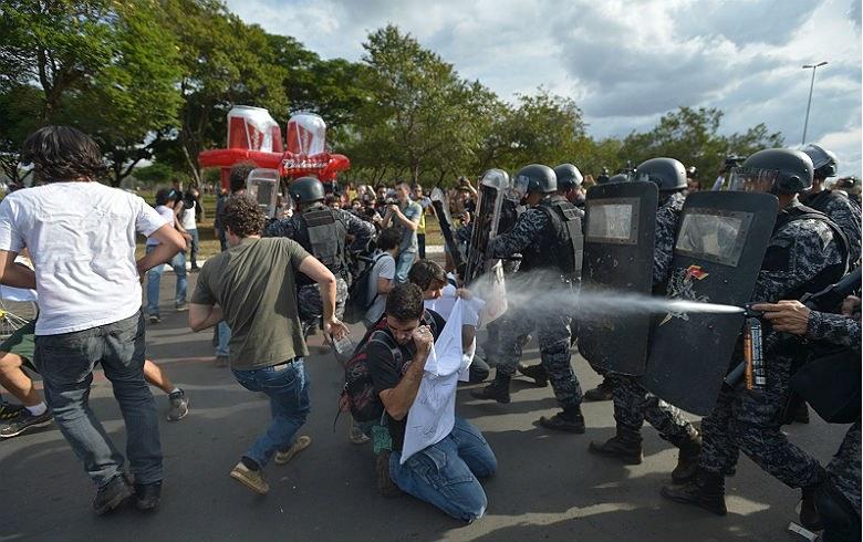 Decreto de Temer pode ser usado para criminalizar movimentos sociais