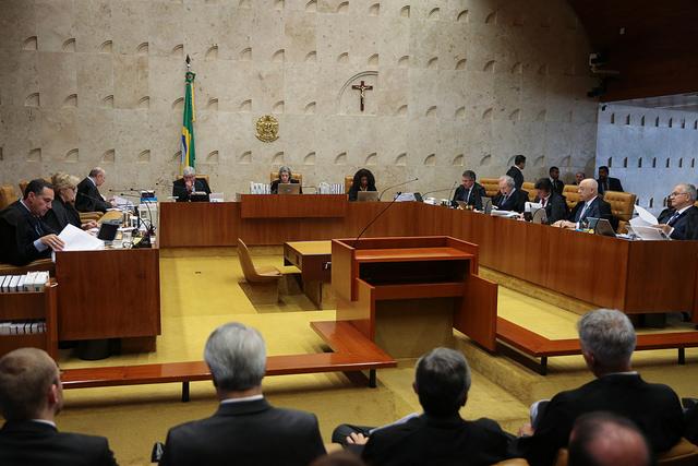 Senado aprova aumento de 16% nos salários dos ministros do STF