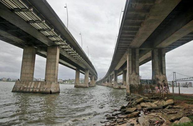 Florianópolis: as pontes pedem socorro