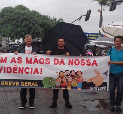 Mobilizações acontecem por toda Santa Catarina em defesa da Previdência