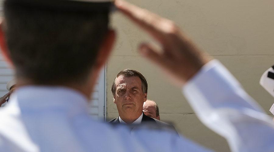 Absurdo: Bolsonaro incentiva comemoração de aniversário do golpe de 64, no próximo dia 31