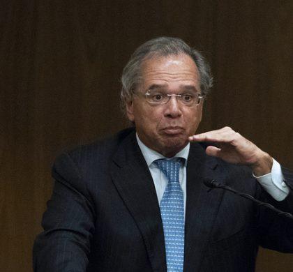 Paulo Guedes propõe fim da valorização real do salário mínimo; entenda os impactos