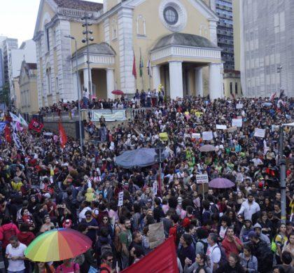 Santa Catarina diz NÃO aos cortes na educação