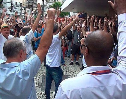 Funcionários da Dataprev encerram greve após suspensão de demissões